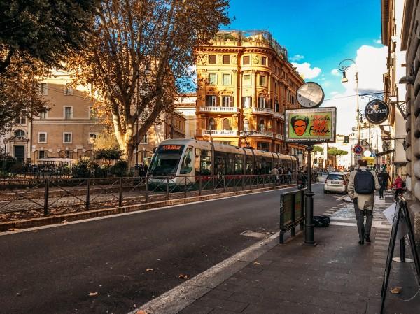 Via Arenula, Roma.