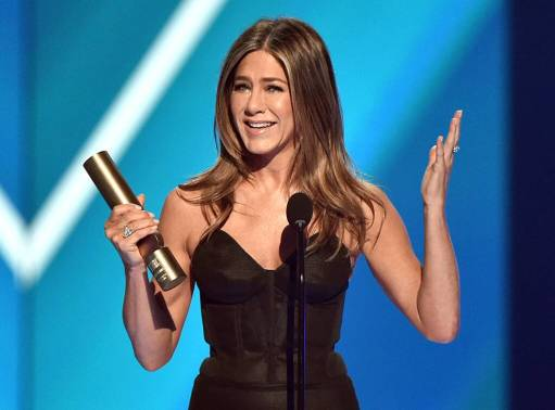 rs_1024x759-191110194125-1024-Jennifer-Aniston-PCAs-Winners